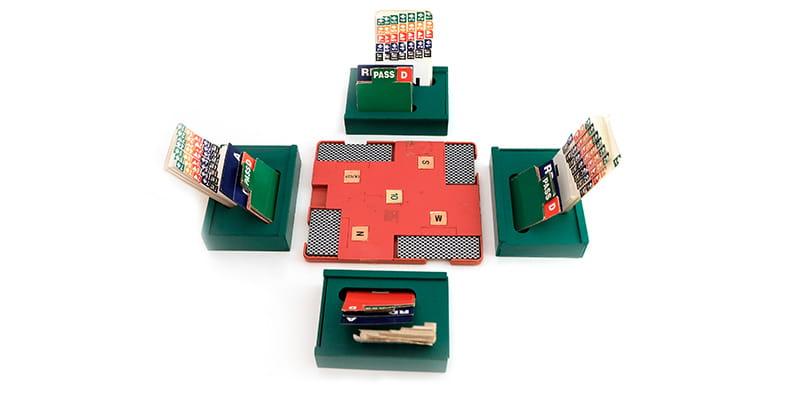 Disposition typique pour un jeu de bridge standard