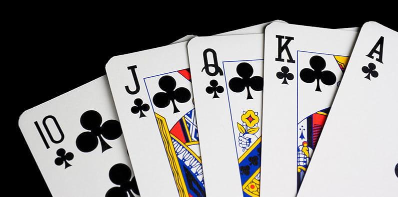 Main de poker Casino Royale