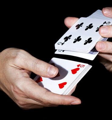 Apprendre à jouer avec le tableau des stratégies de blackjack